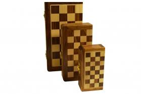MAGNETIC OLIVE WOODEN CHESS SET